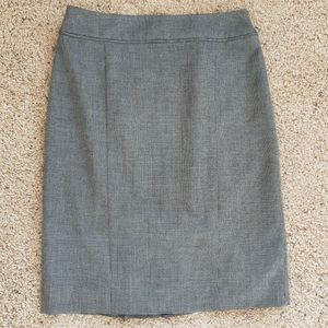 White House Black Market Grey Pencil Skirt, Size 4